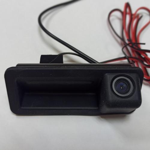 Камера заднего вида в Ford Focus 3 в ручку (136 гр:0.1 lux)