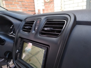 Переходная рамка Renault Logan 2, Sandero, Duster
