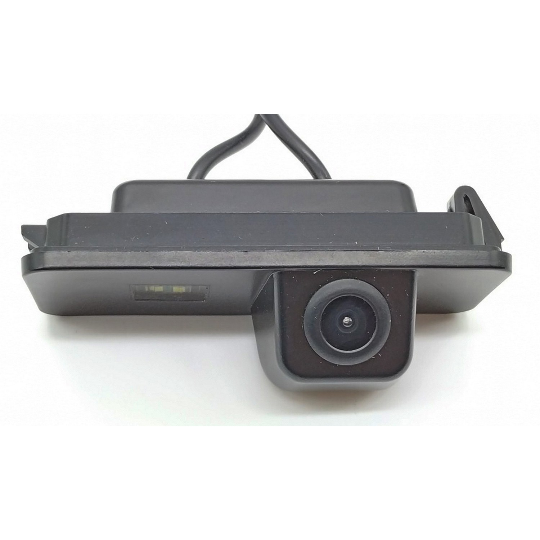 Камера заднего вида Volkswagen Passat B6 LED